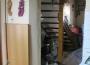 Interiér trojizbového rodinného domu v obci Brehy